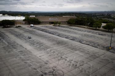 An empty parking lot at the Barton Creek Mall in Austin during the coronavirus pandemic. April 2, 2020.
